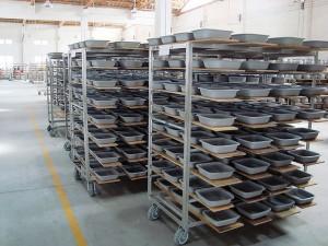 Ceramic cookware manufacture (3)