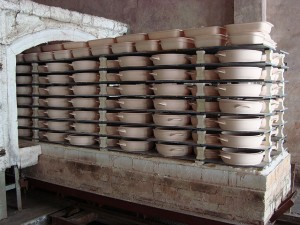 Ceramic cookware manufacture (7)