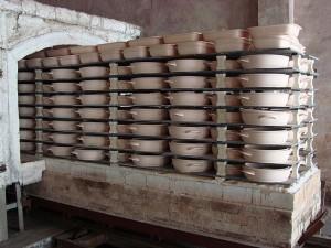 Ceramic cookware manufacture (7)